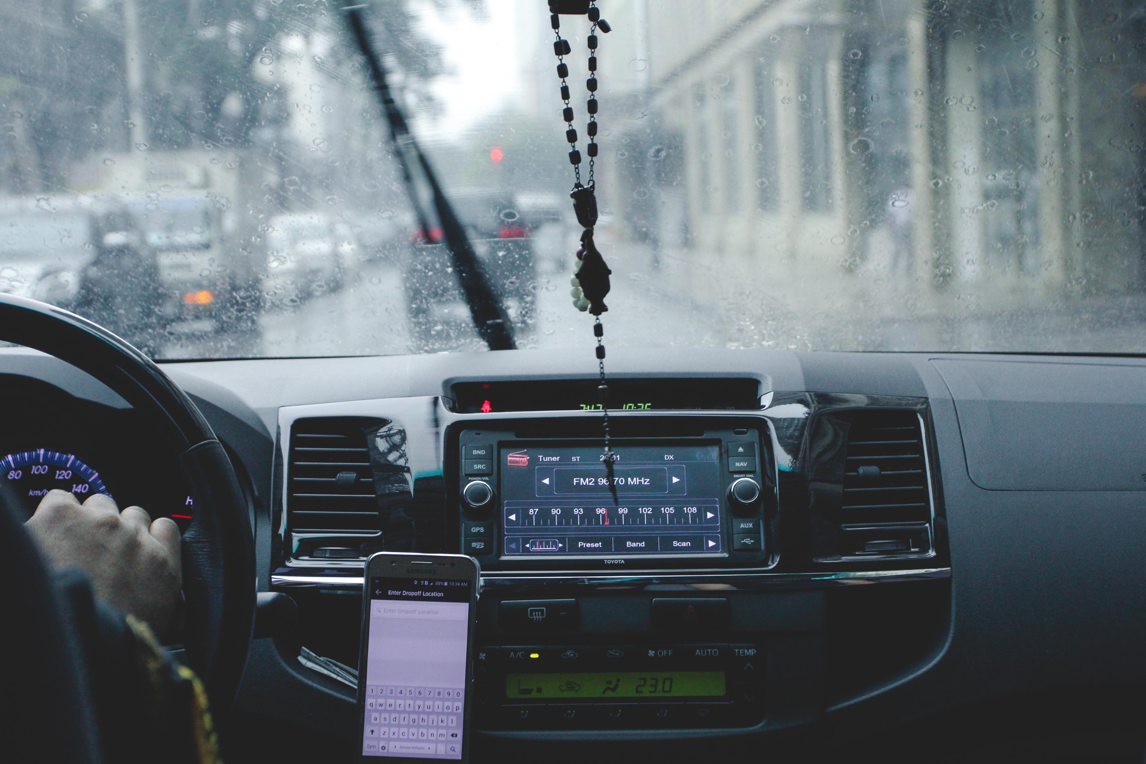 Fabian Franke Journalist Uber Freenow Clevershuttle App Arbeitsbedingungen